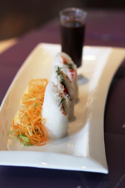 Rice Paper Spring Roll with Hoisin Sauce