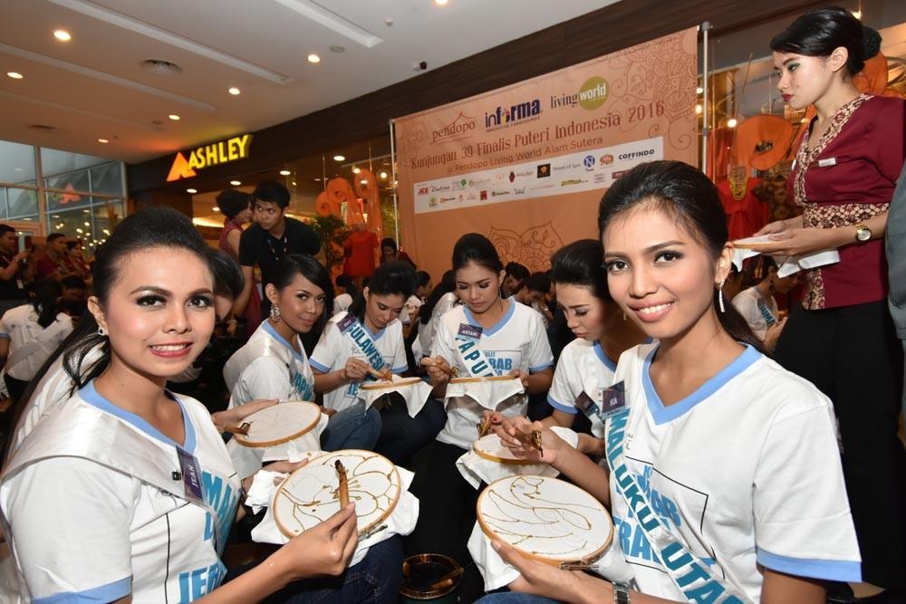 Fashion Show Batik2-NextID