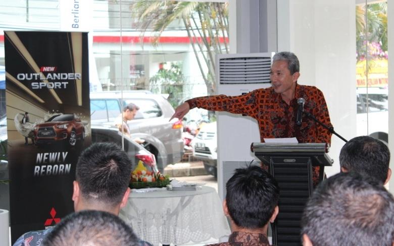 Hisashi Ishimaki, President Director KTB saat memberikan sambutan dalam peresmian diler tersebut. Ist
