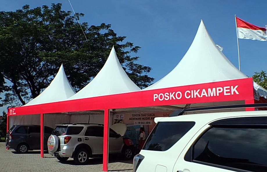 Ini merupakan tenda area Service Posko Mudik Toyota.  Ist