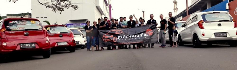 Aktifitas Pica di Bandung dalam acara baksos belum lama ini.  Ist