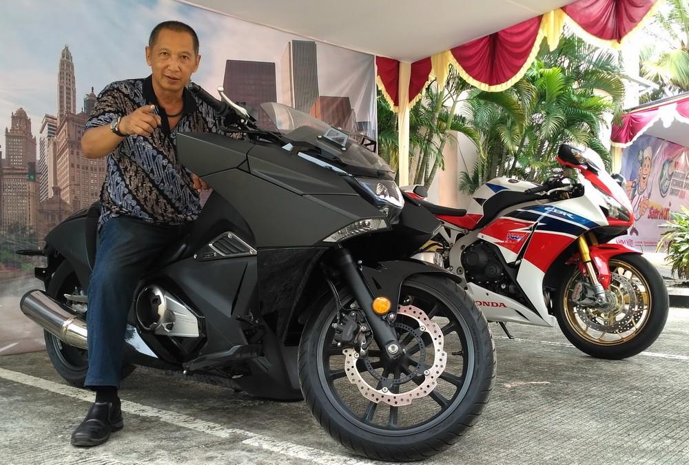 Salah satu model yang juga ambil bagian dalam turing tersebut, Honda NM4 Vultus. Ist