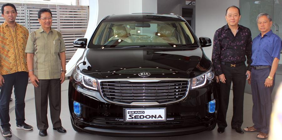 New Sedona melengkapi jajaran Kia di Bandung lewat showroom yang dikelola Kia Siloam Motor.  Ist