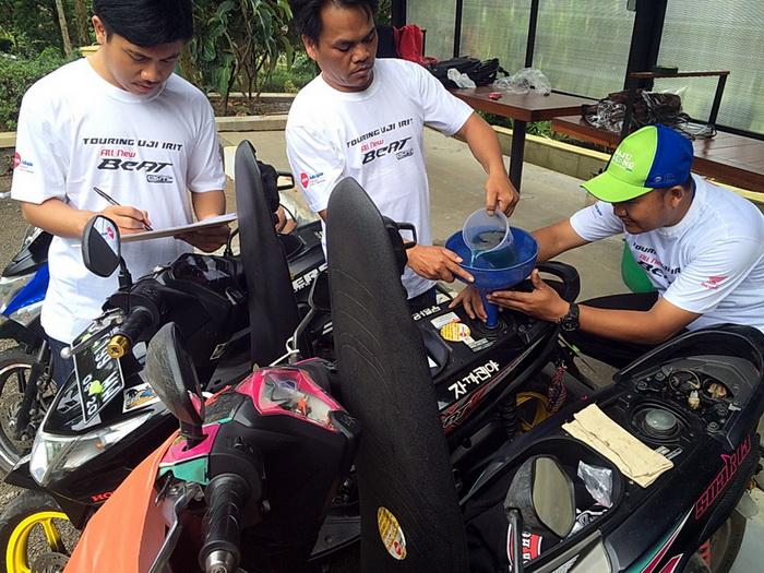 Dalam turing uji irit ini, metode pengukuran menggunakan metode full to full, yaitu tangki bahan bakar diisi penuh sesuai dengan ukuran yang ditentukan dan diketahui oleh peserta saat start. Ist