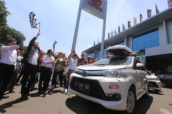 Ketiga model MPV Toyota diuji kemampuannya untuk dapat mencapai tujuan akhir dan kembali ke Jakarta.  Sukses buat Toyota!.  Ist