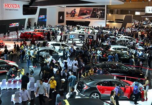 Booth Honda juga menyabet penghargaan istimewa Best Booth Car kategori >1000 sqm.  Ist