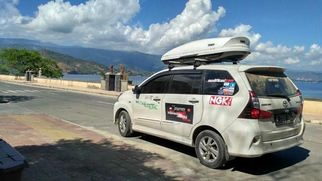 "Avanza, salah satu MPV Toyota yang ""sakti"" menjelajahi jarak sejauh  8.000 km, melintasi 6 pulau, tidak ada hambatan yang berarti.  Ist"