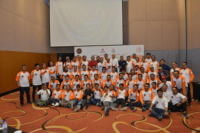 Usai workshop, peserta dan para pembicara berfoto bersama.  Ist