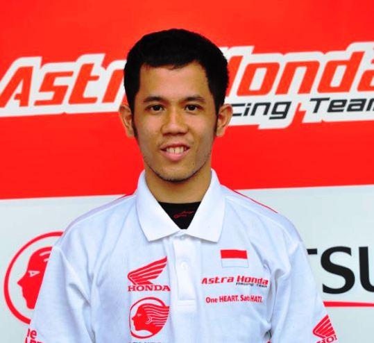 Pebalap muda lain, Tommy Salim  yang merupakan kakak kandung pebalap CEV Moto3 Junior World Championship Gerry Salim, merupakan lulusan dari Suzuka Racing School.  Ist