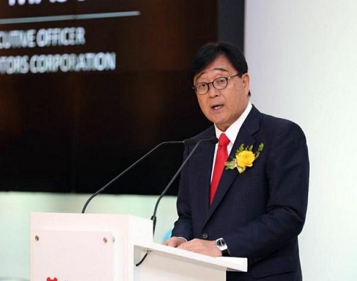 CEO Mitsubishi Motors Osamu Masuko.  Ist