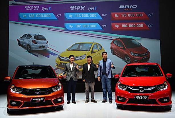 Manajemen Honda diapit All New Honda Brio.  Ist