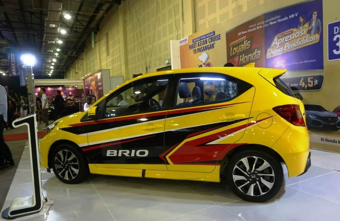 All New Honda Brio RS CVT dengan desain stiker terbaru yang secara khusus dibuat dan dipamerkan pada ajang IMX 2018.  Ist