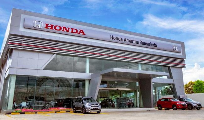 Honda Amartha Samarinda  adalah diler Honda ke-2 di Samarinda dan menjadi diler terluas di Kalimantan.  Ist