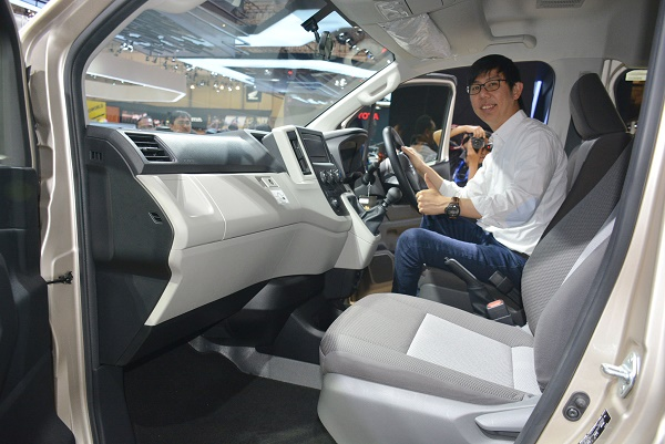 Kenyamanan mikrobus Toyota ini pantas disiapan untuk segmen premium.  Ist