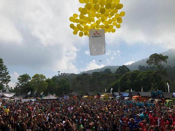 Sebanyak 2,000 peserta anggota komunitas hadir meramaikan acara, terdiri dari pemilik truk, driver, hingga pecinta truk secara umum.  Ist