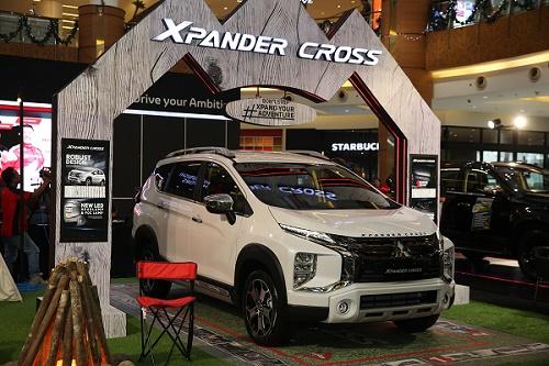 Xpnder, salah satu model Mitsubishi yang gencar dipamerkan keliling Indonesia.  Ist